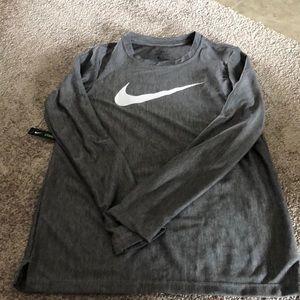 Boys Nike dri-fit longsleeve top